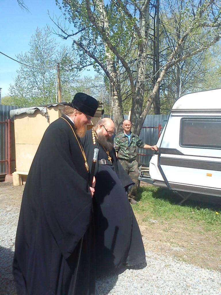 Владыка Тихон поздравил игумена Сергия